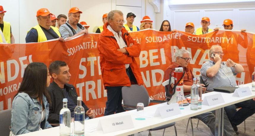 Videoclip 20. Streiktag – Deutsche RIVA Geschäftsführung kneift vor Tarifverhandlung