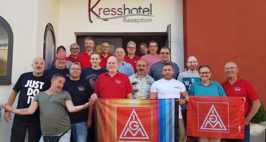 Kollegen von Mahle in Wölfersheim sammeln bei Wochenendseminar 131 € für die Streikkasse