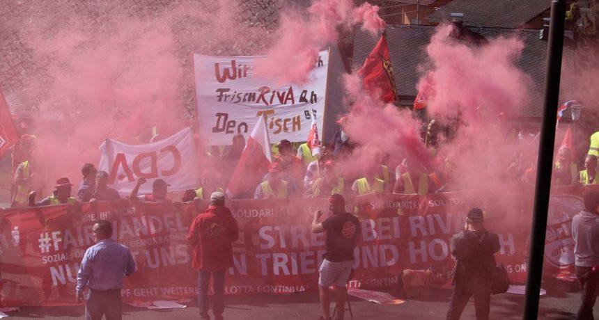 19. Streikwoche – Wir sind hier – wir sind laut – weil RIVA uns die Zukunft klaut