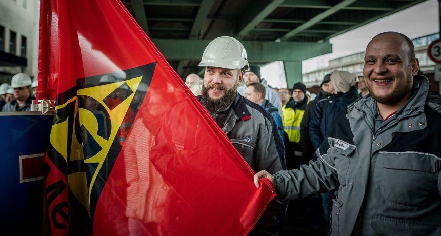 """Glück auf"" aus Gelsenkirchen- Metaller bei Thyssenkrupp Electrical Steel solidarisch"